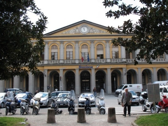 The train station in Lucca