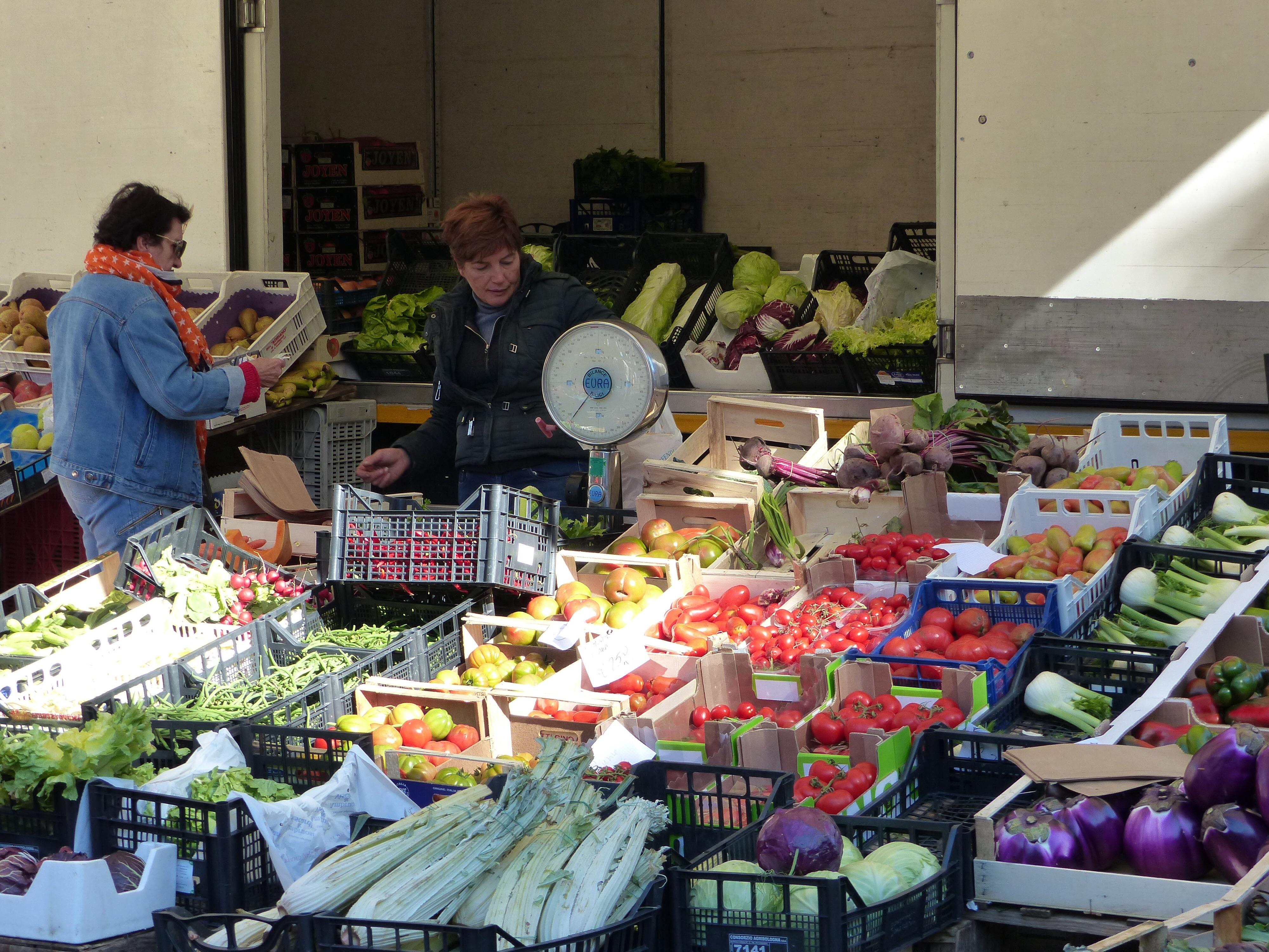 Food markets | Bella Bagni di Lucca