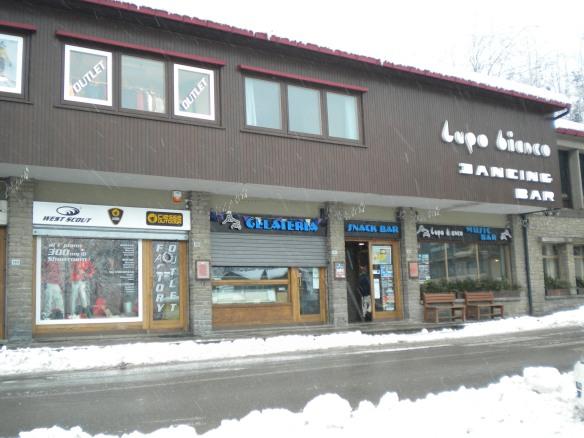 ski at Abetone