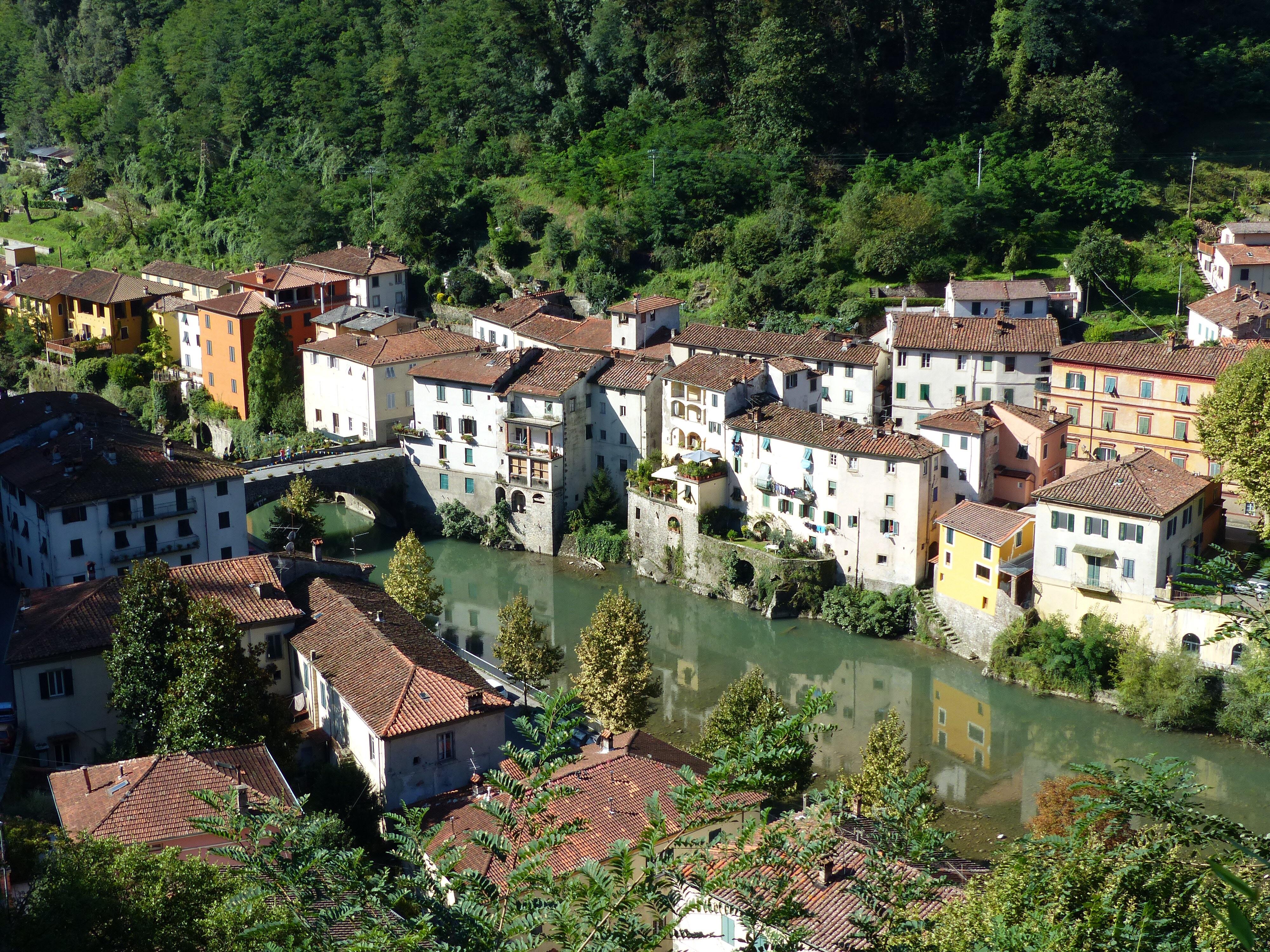 Then and now ponte a serraglio bella bagni di lucca - Bagno di lucca ...