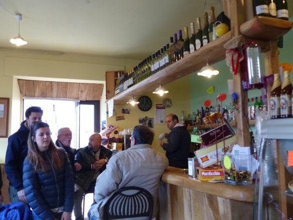 Lucchio bar