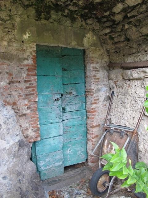 Old door Bagni di Lucca