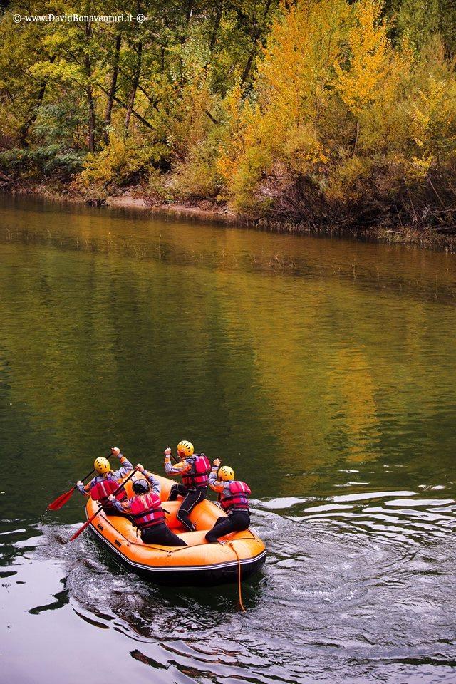 Raft race bella bagni di lucca - Rafting bagni di lucca ...